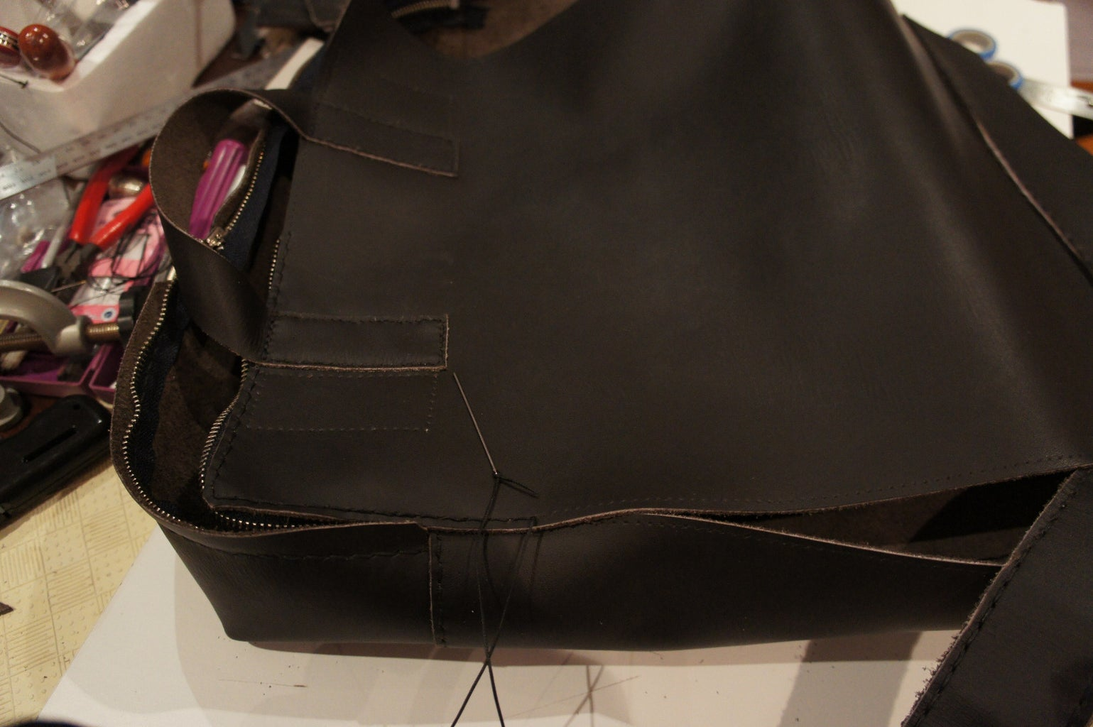 Assembling the Main Compartment: Zip