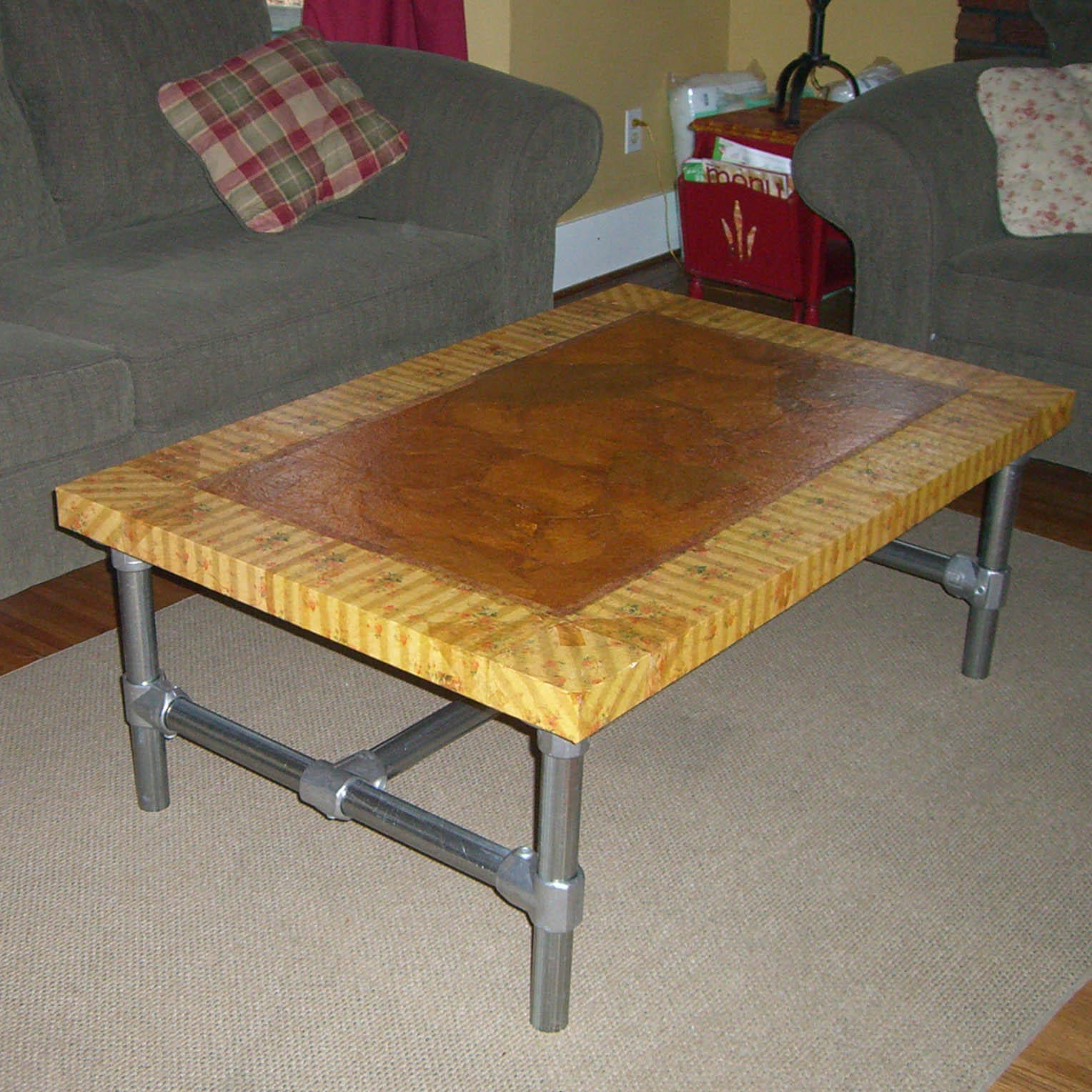 Coffee Table (Hack of IKEA LACK)
