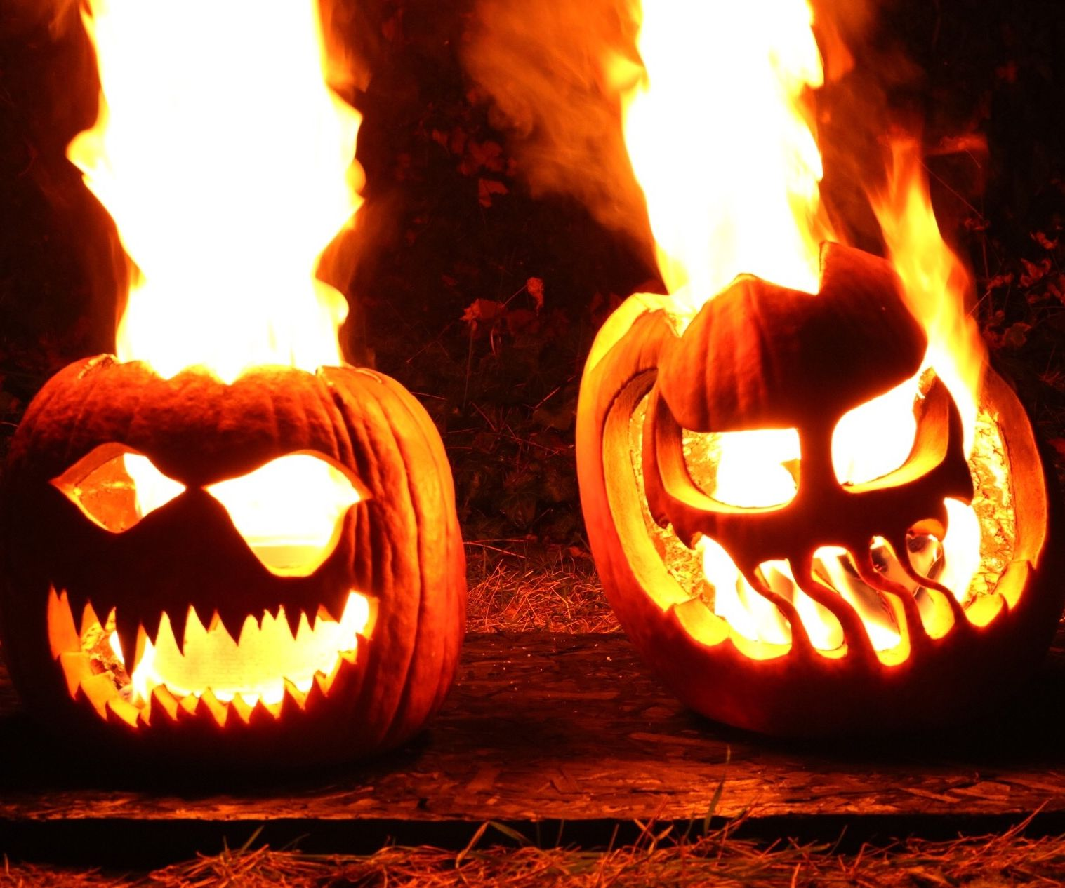Flaming Halloween Jack-o'-lanterns