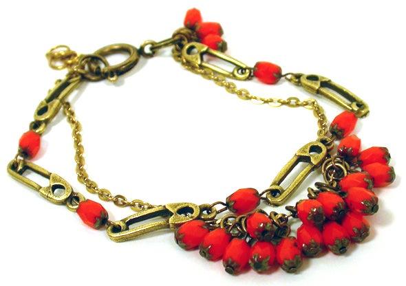 Curved Pin Link Bracelet
