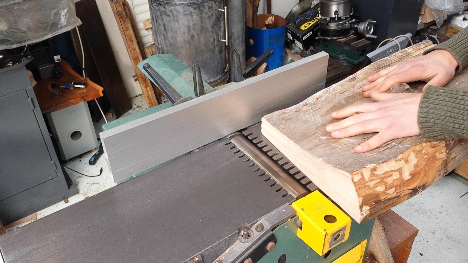 Flatten the Knife Block's Back and Bottom