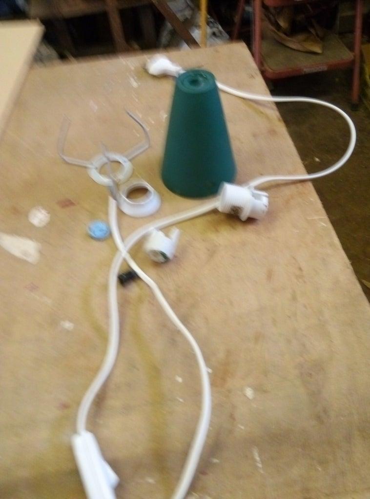 Démonter La Lampe Moche / Dismantle the Old Ugly Lamp