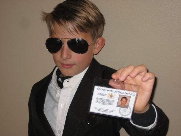 Make Your Own James Bond 007 ID Card