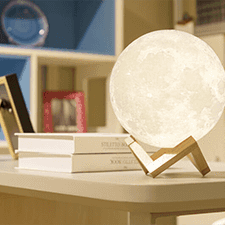 Enchanting_3D_Moon_lamp_-_lunarlamps.png