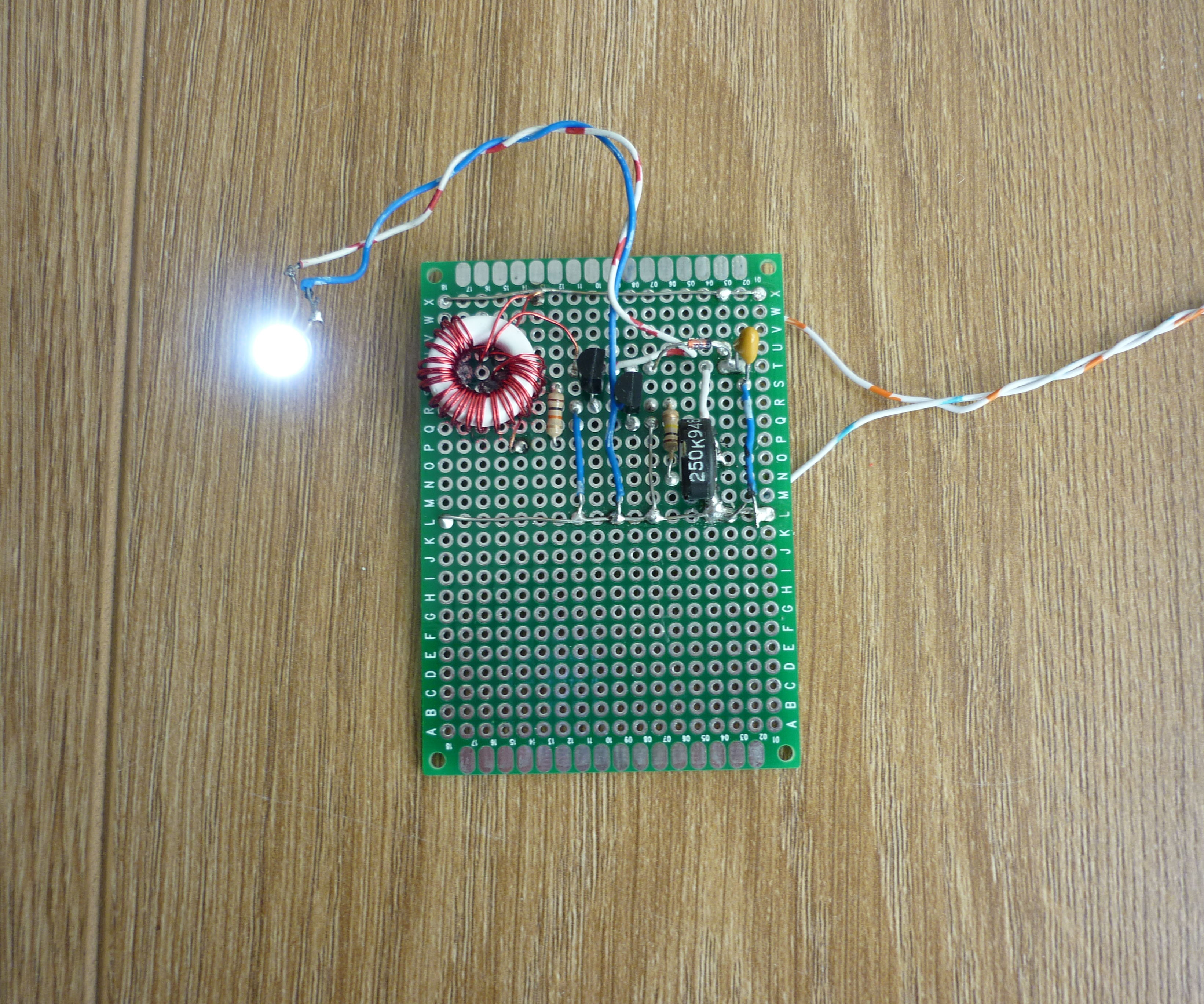 Joule Thief With Ultra Simple Control of Light Output