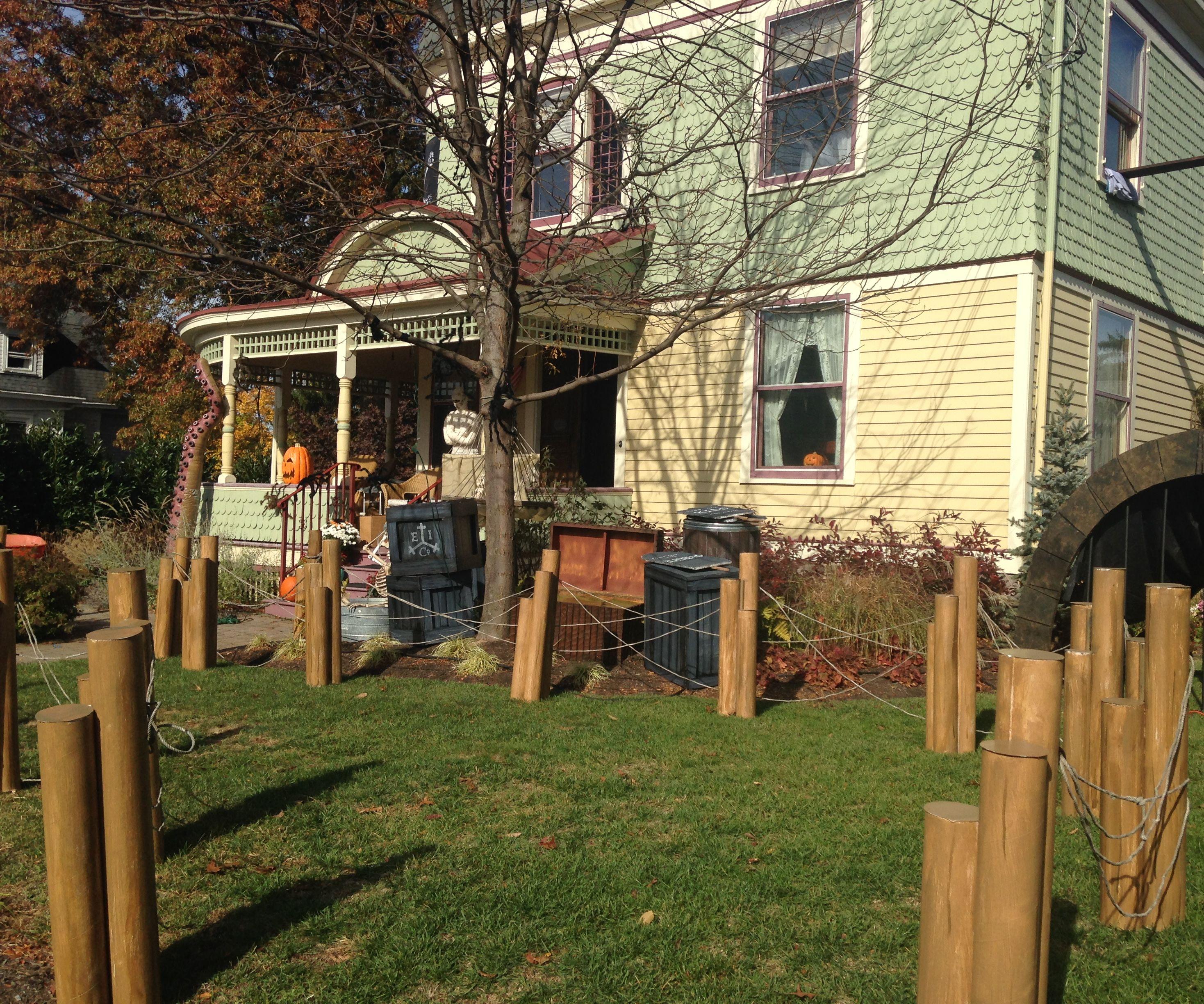 CardBoard Dock Pilings for Halloween Fence