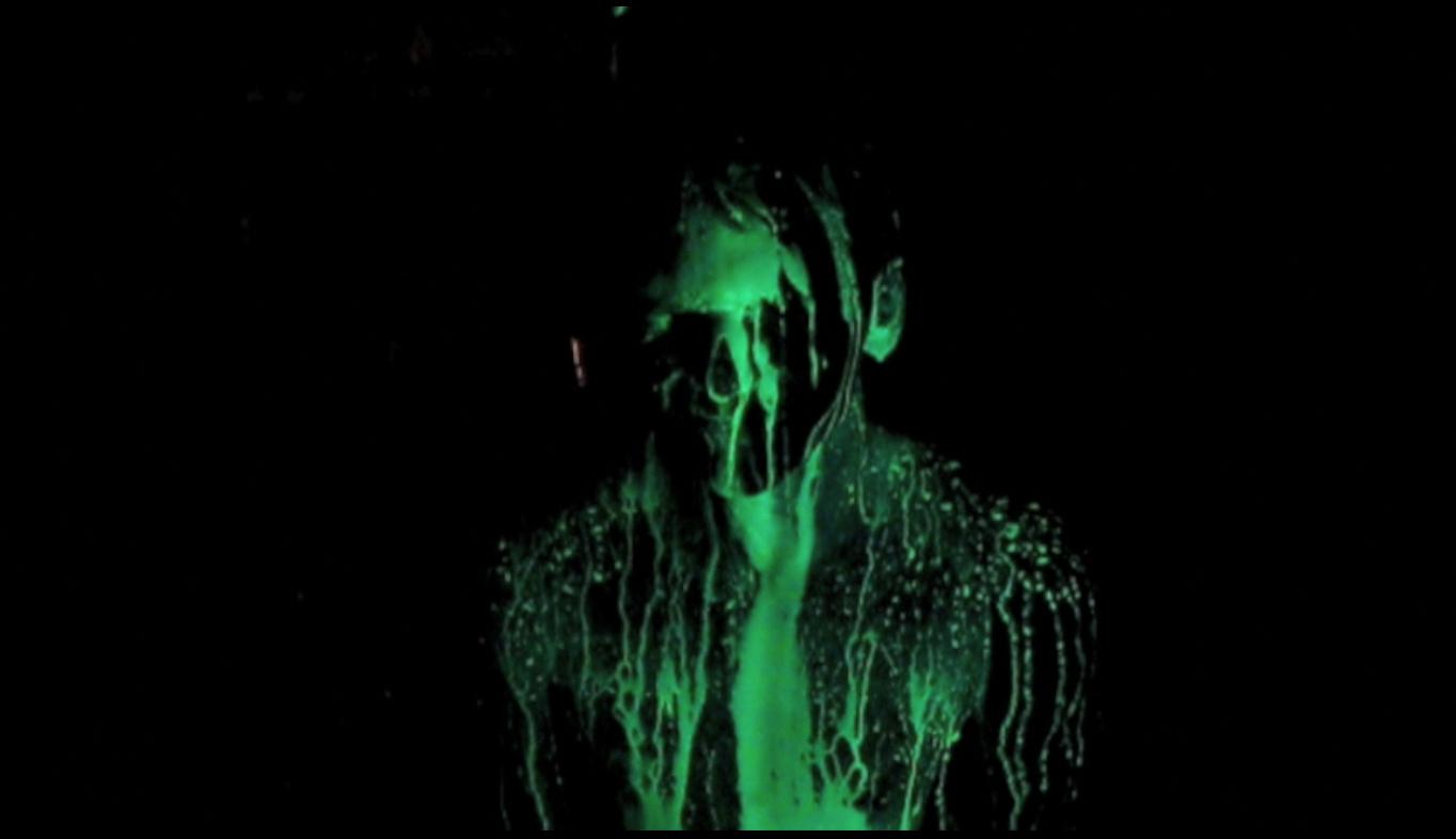 Glowtubbing - Glow in the dark hot tubbing