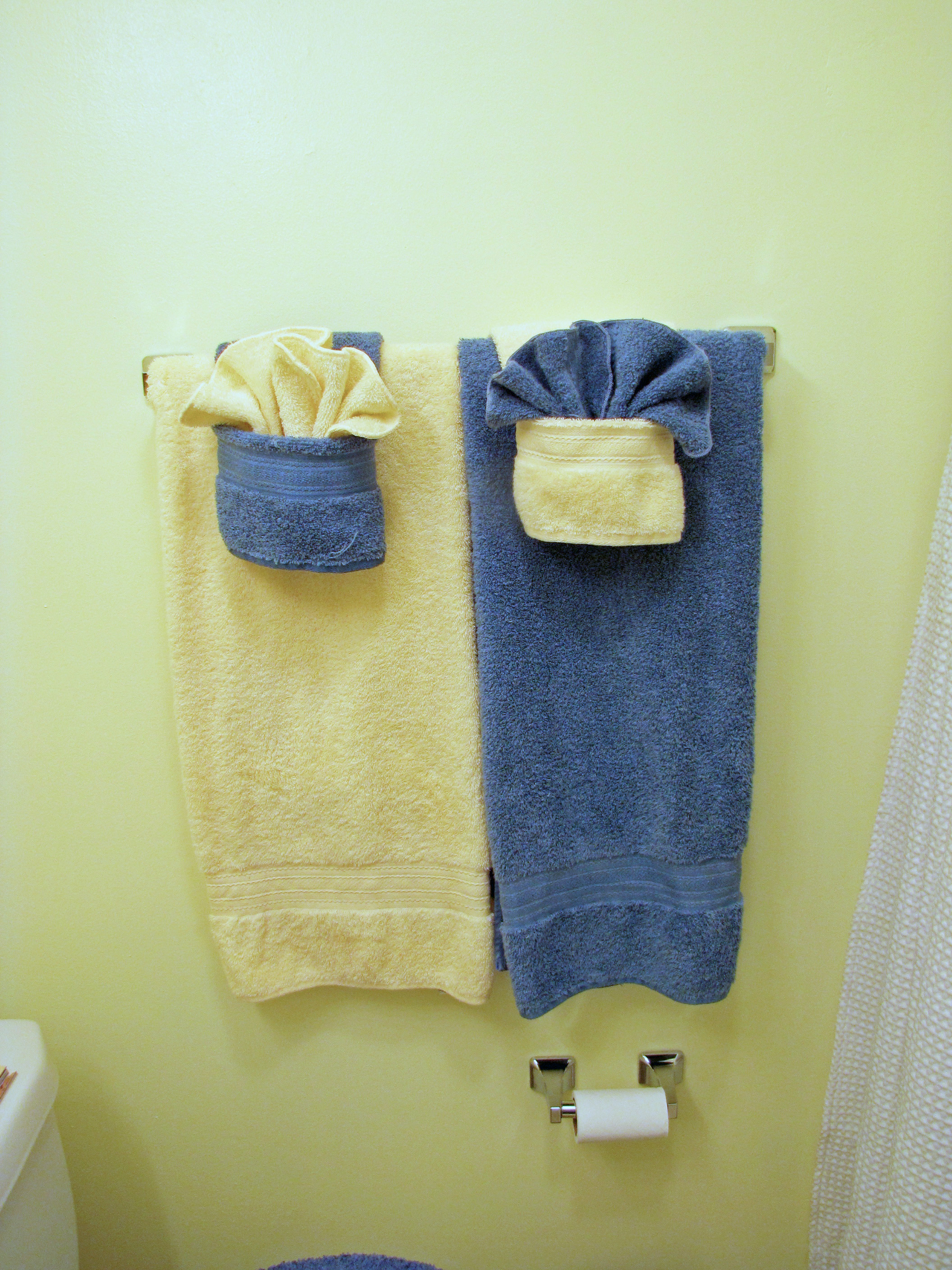 Fold Fancy Towels W Pockets 5 Steps With Pictures Instructables