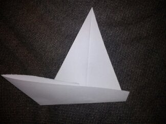 How to Make a Boat With Paper
