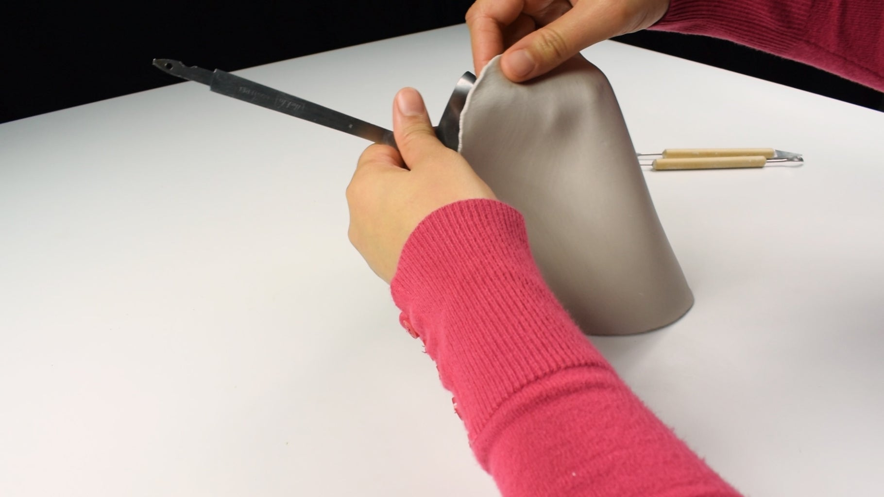 Cover the Ladle With Paper Clay