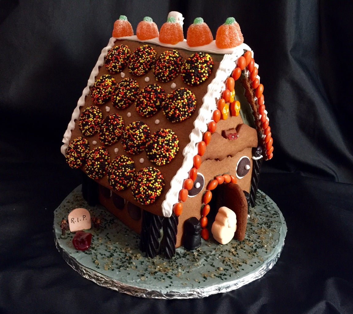 Ghostly Gingerbread Cabin