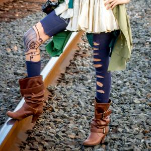 Leggings [Also Optional]