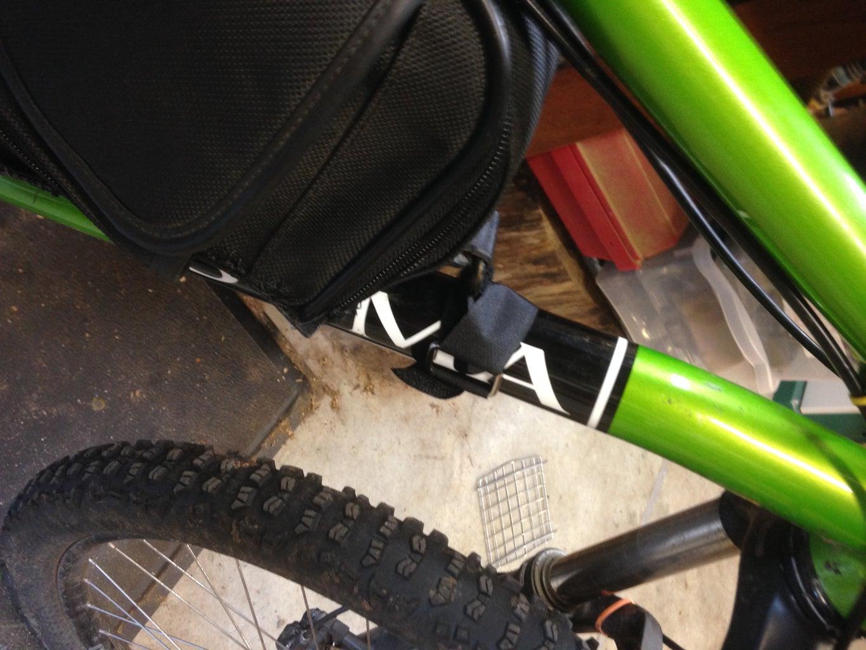 Attaching the Frame Bag Tot He Bike