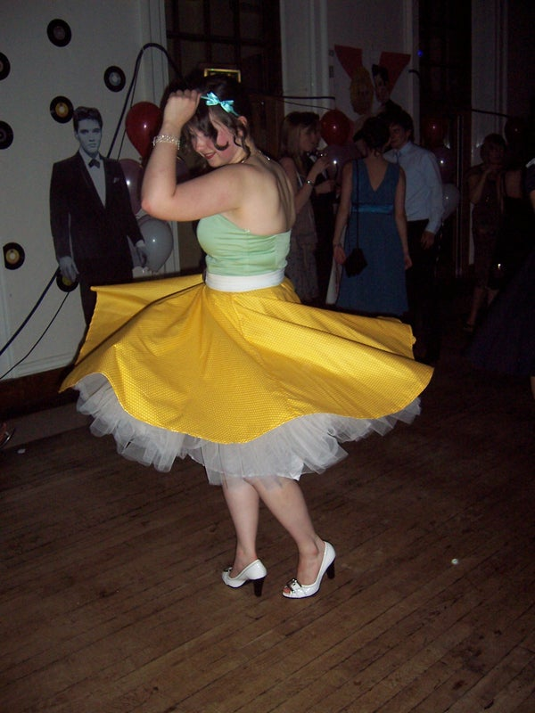 Amazing 1950s Swing Circle Skirts for a Ball With Poofy Petticoats. Rockability!