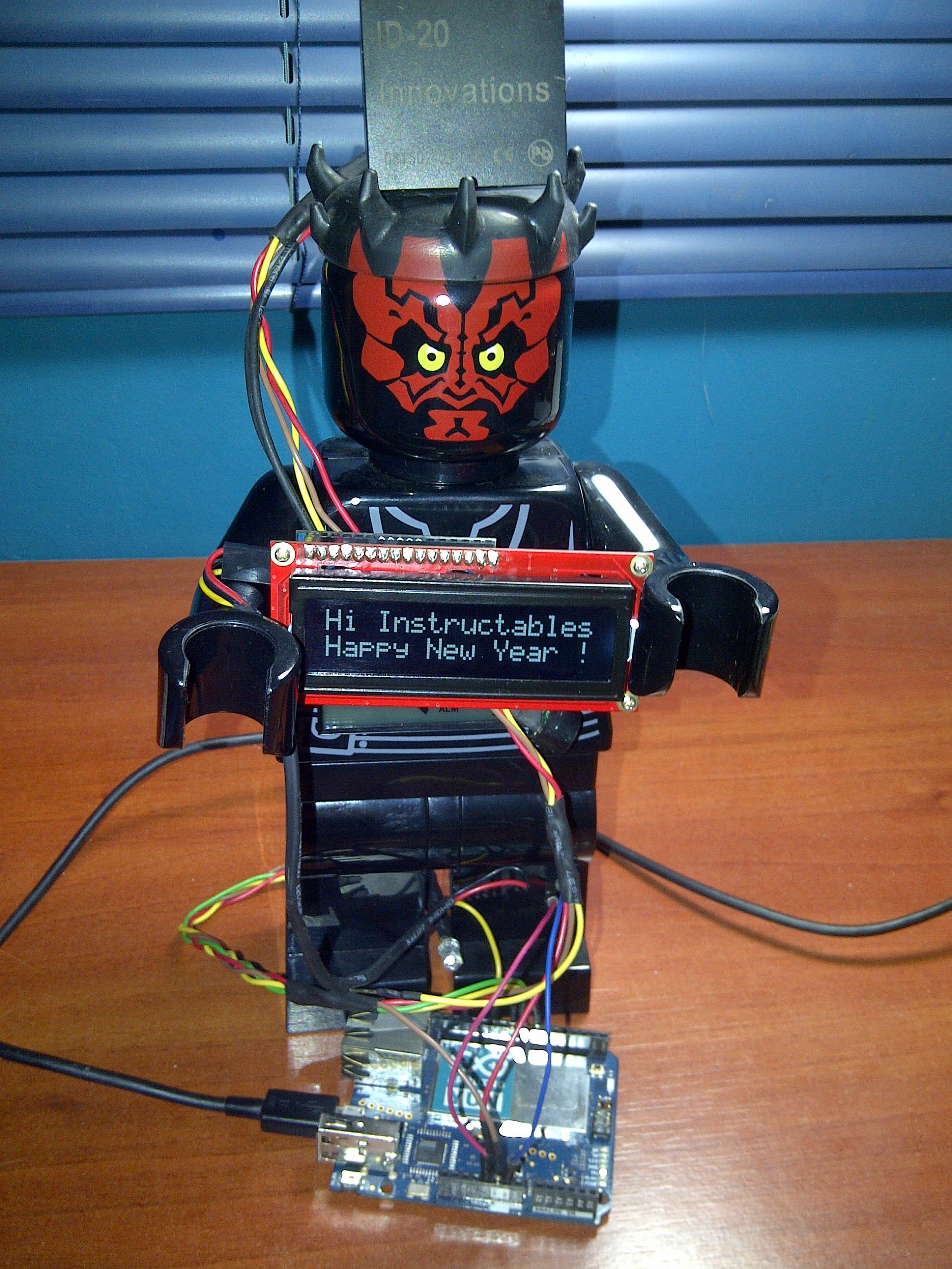 Control Access of Arduino YÚN with MySQL, PHP5 and Python