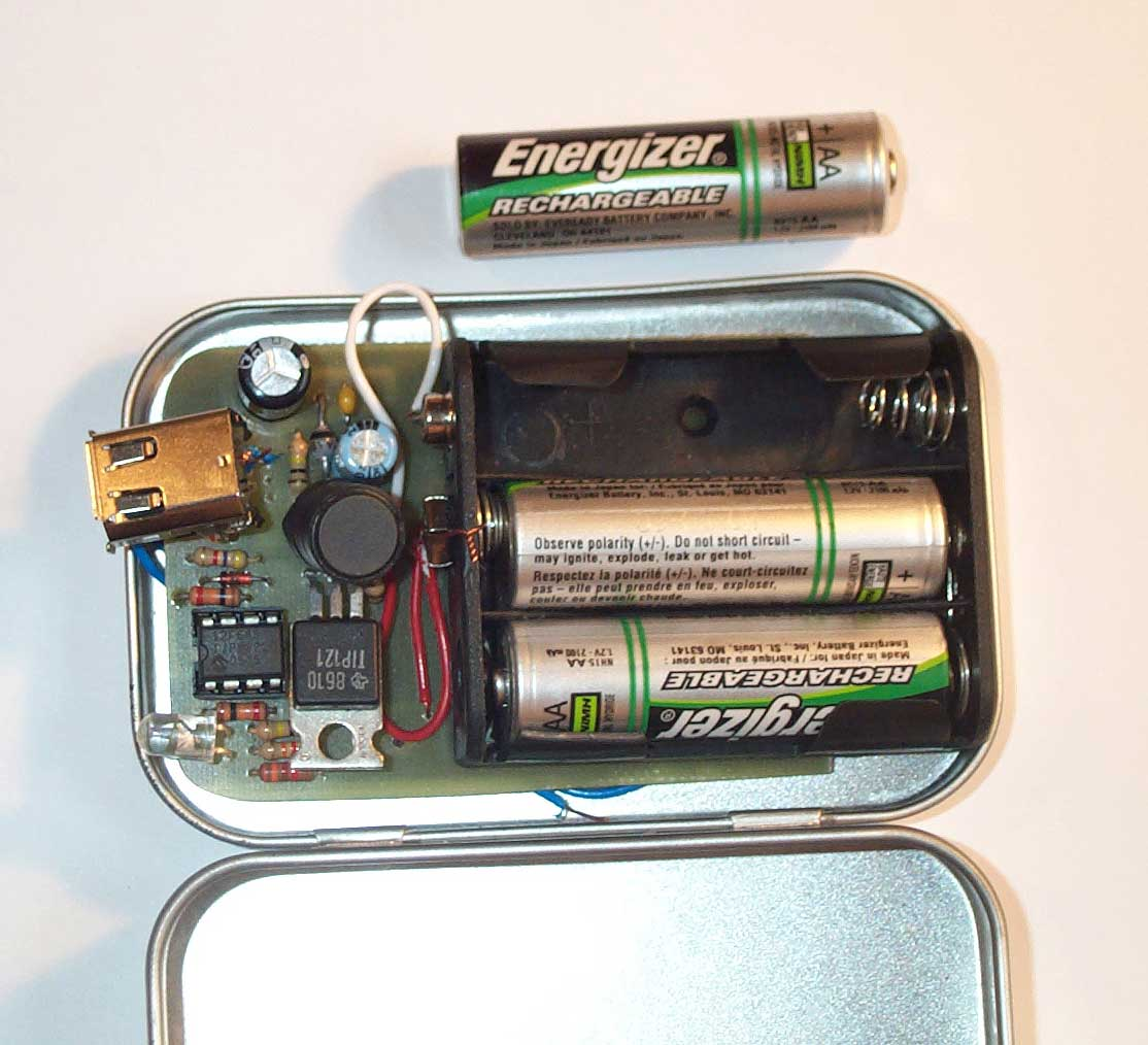 Switch Mode Altoids iPOD Charger using 3 'AA' batteries