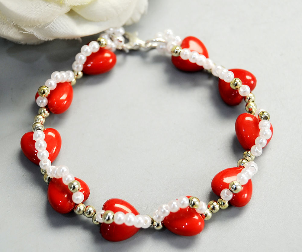Beebeecraft Tutorials on Making Red Heart Bracelet