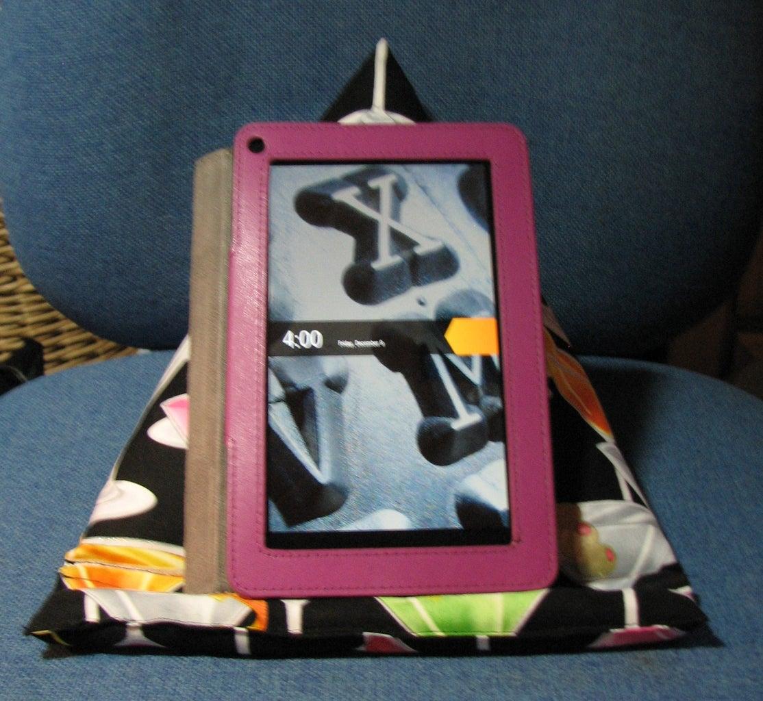 IPad/E-reader Stand
