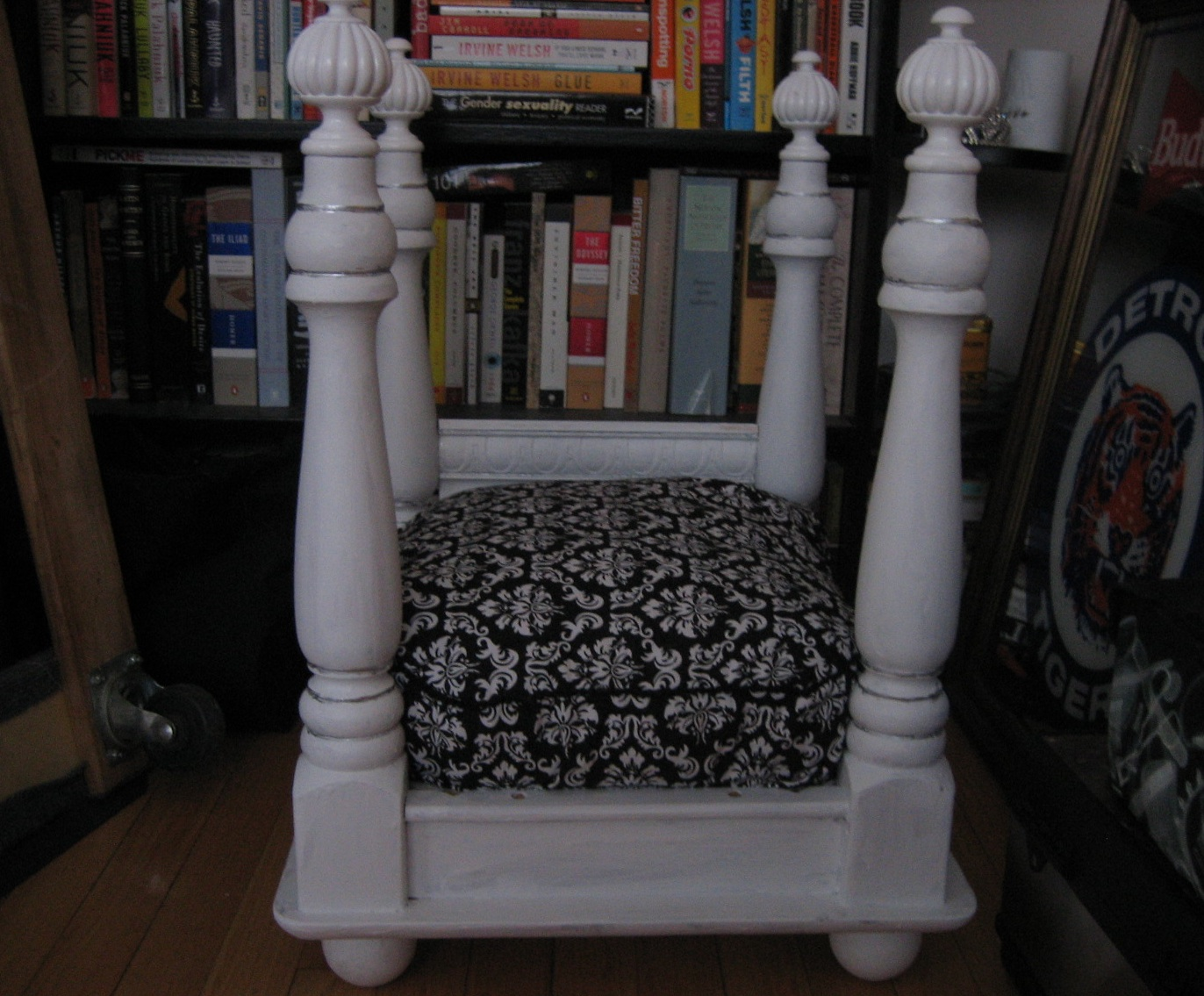 Picture of: Four Poster Pet Bed 4 Steps With Pictures Instructables