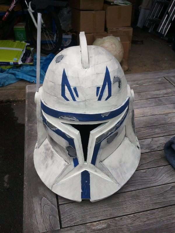 How to Paint a Battle Damaged Clone Helmet