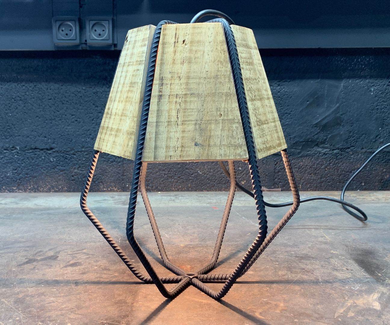 Make a Diamond Lamp Combined Wood and Iron