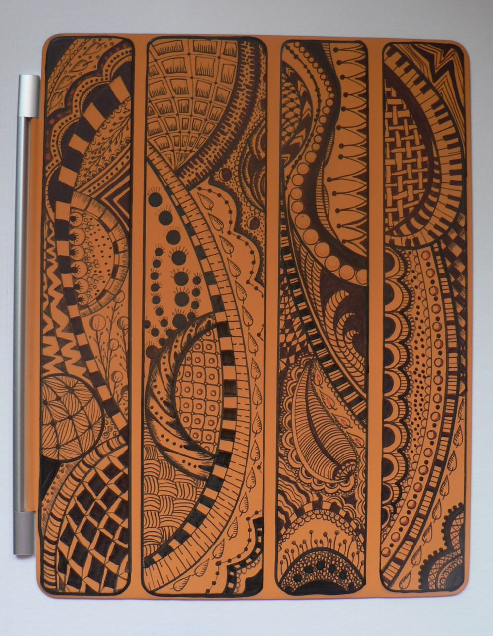 Zendoodle an iPad 2 cover