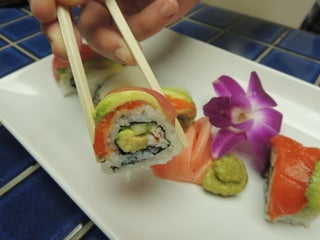 Rainbow Roll Sushi 6 Steps With Pictures Instructables