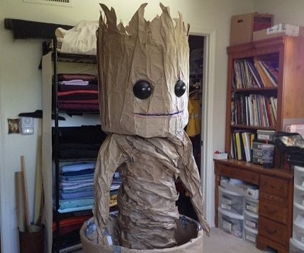 GROOT -Dancing Baby Groot Costume  ( Cheap All Paper Costume )