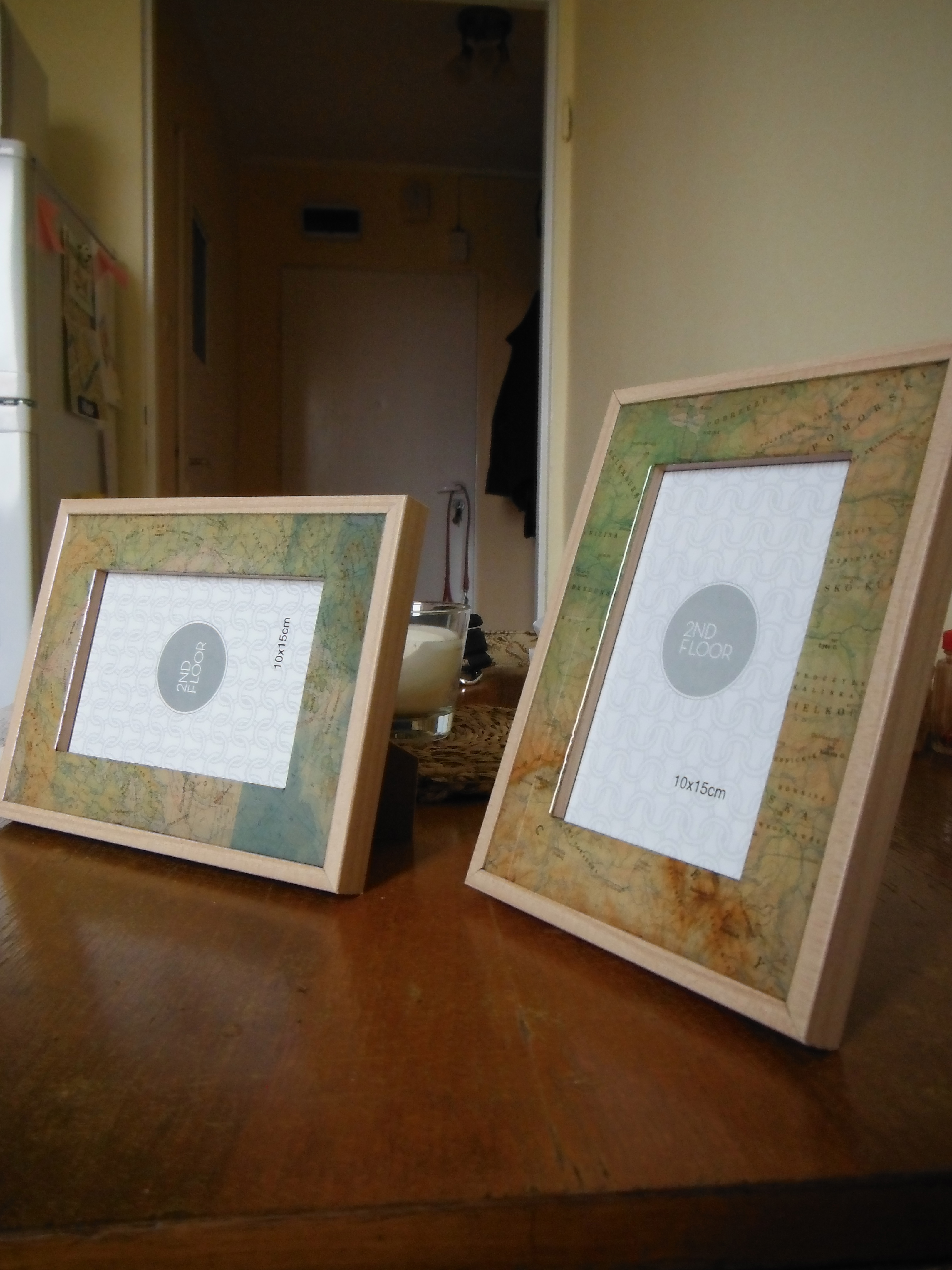 Custom Modified Frames With Inset Map Sections