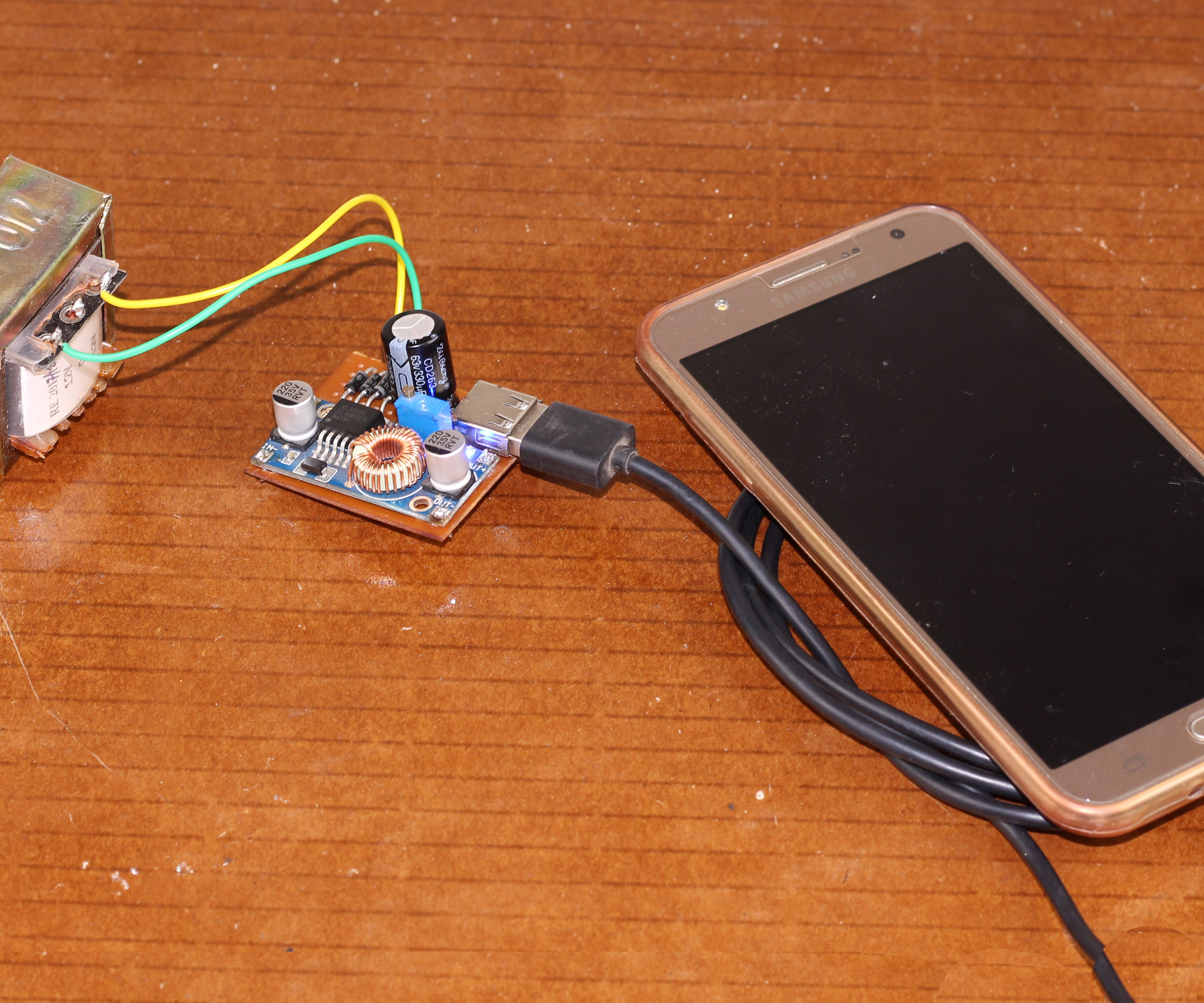 Simple Mobile Phone Charger Only in One Hour