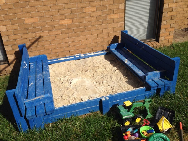 Sandpit With Integrated Bench Seats