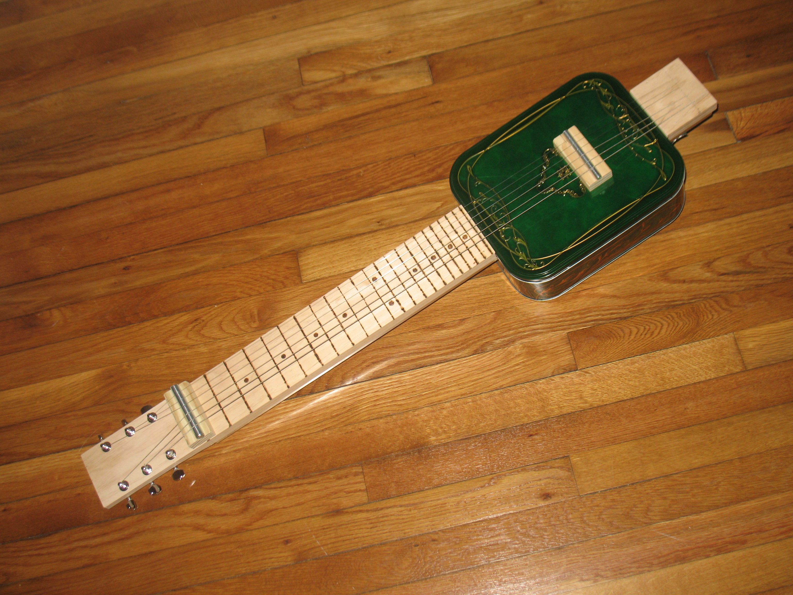 How to make a biscuit box lap steel guitar