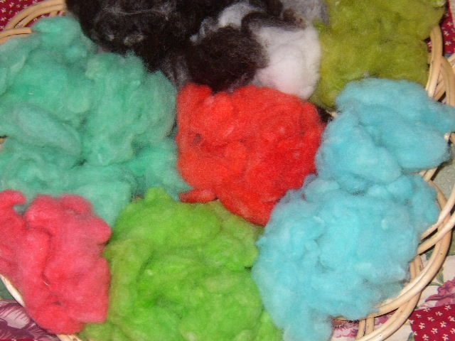 Easy Koolaid Microwave Wool Dye Technique