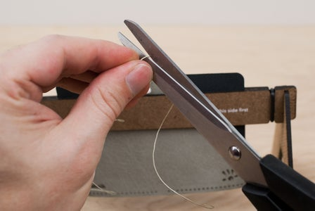 Measuring and Cutting the Thread