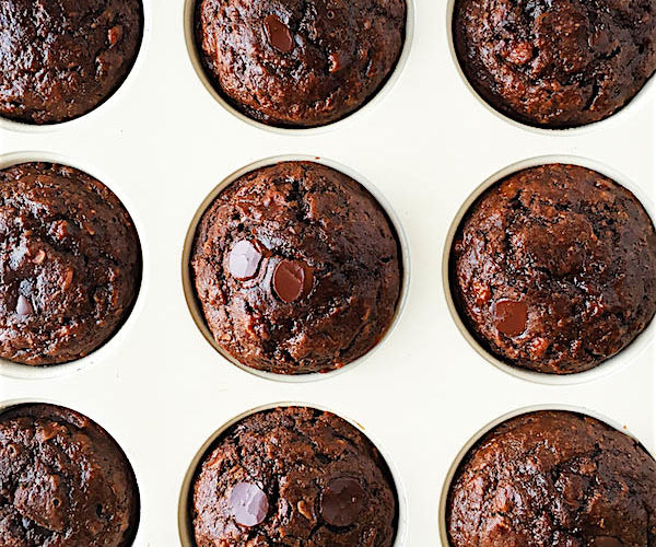 SKINNY DOUBLE CHOCOLATE, PEANUT BUTTER, AND BANANA MUFFINS