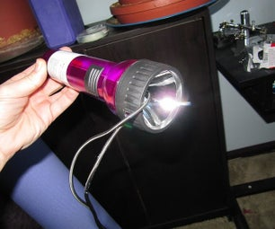 Hack a Flashlight Into a Handy Power Supply