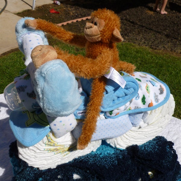 How to Make a Diaper Motorcycle Baby Shower Show Stopper