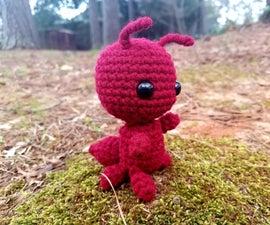 Simple Crochet Ant