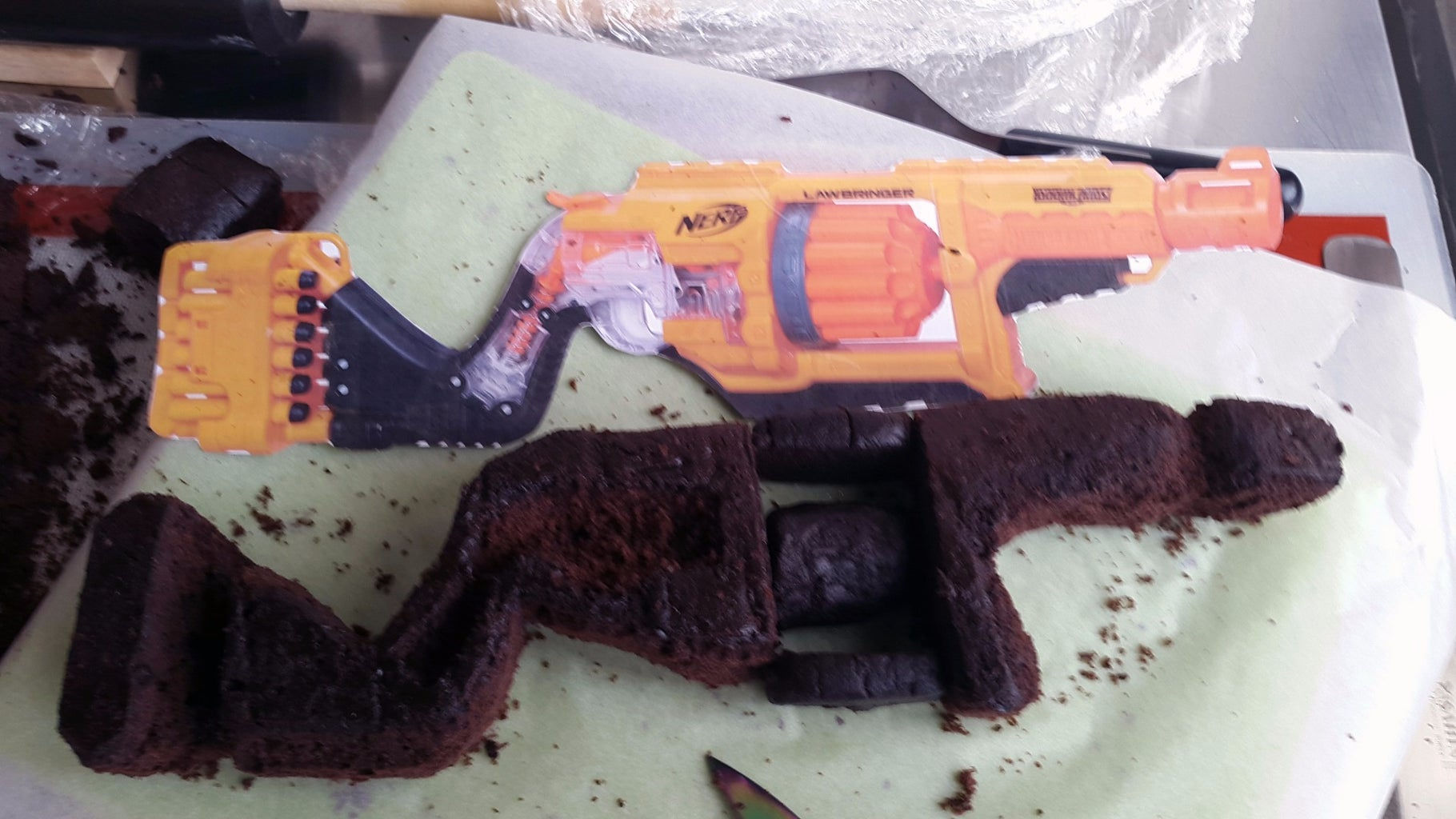 Assemble the Top Layer (cake Layer2-modelled Gun Part)