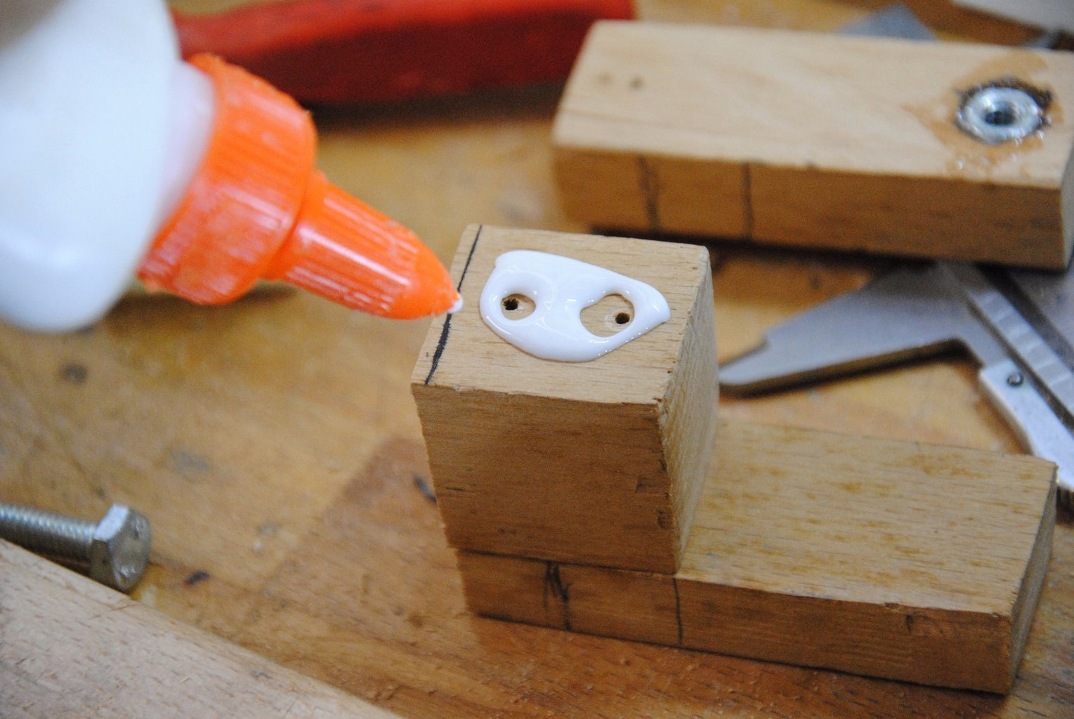 Making the Clamp's Body- Part 2: Glue & Screw
