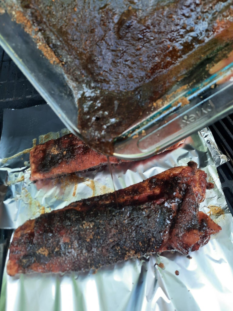 Place Ribs and Sauce.