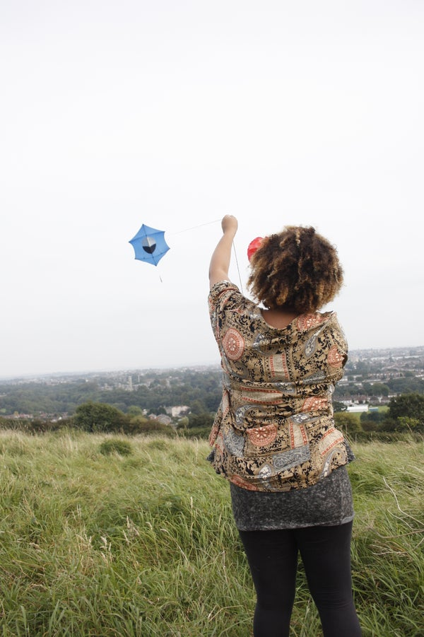 Wind Up Music Box Powered Kite Aerial Photography Rig