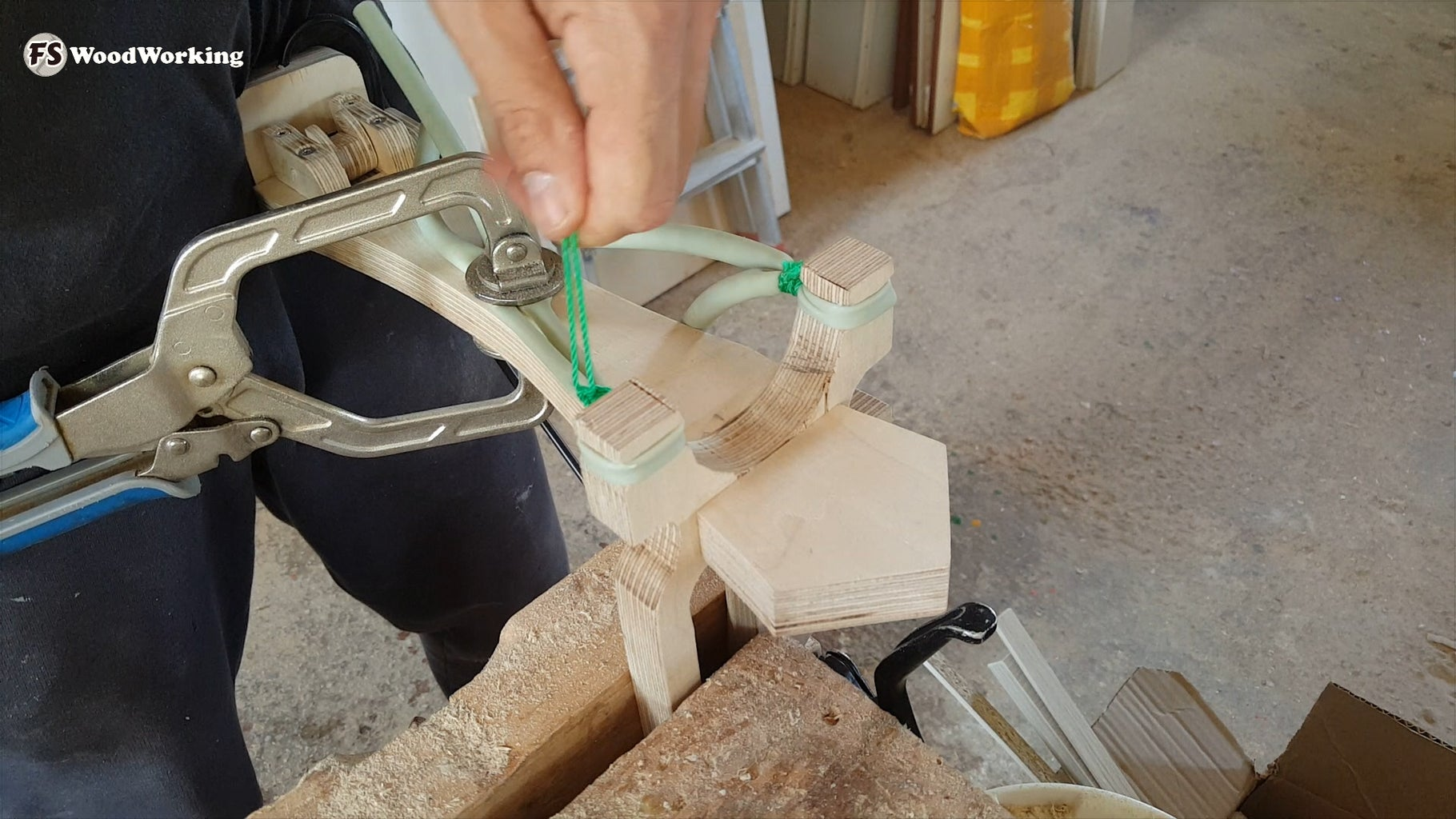 Attaching the Rubber Bands