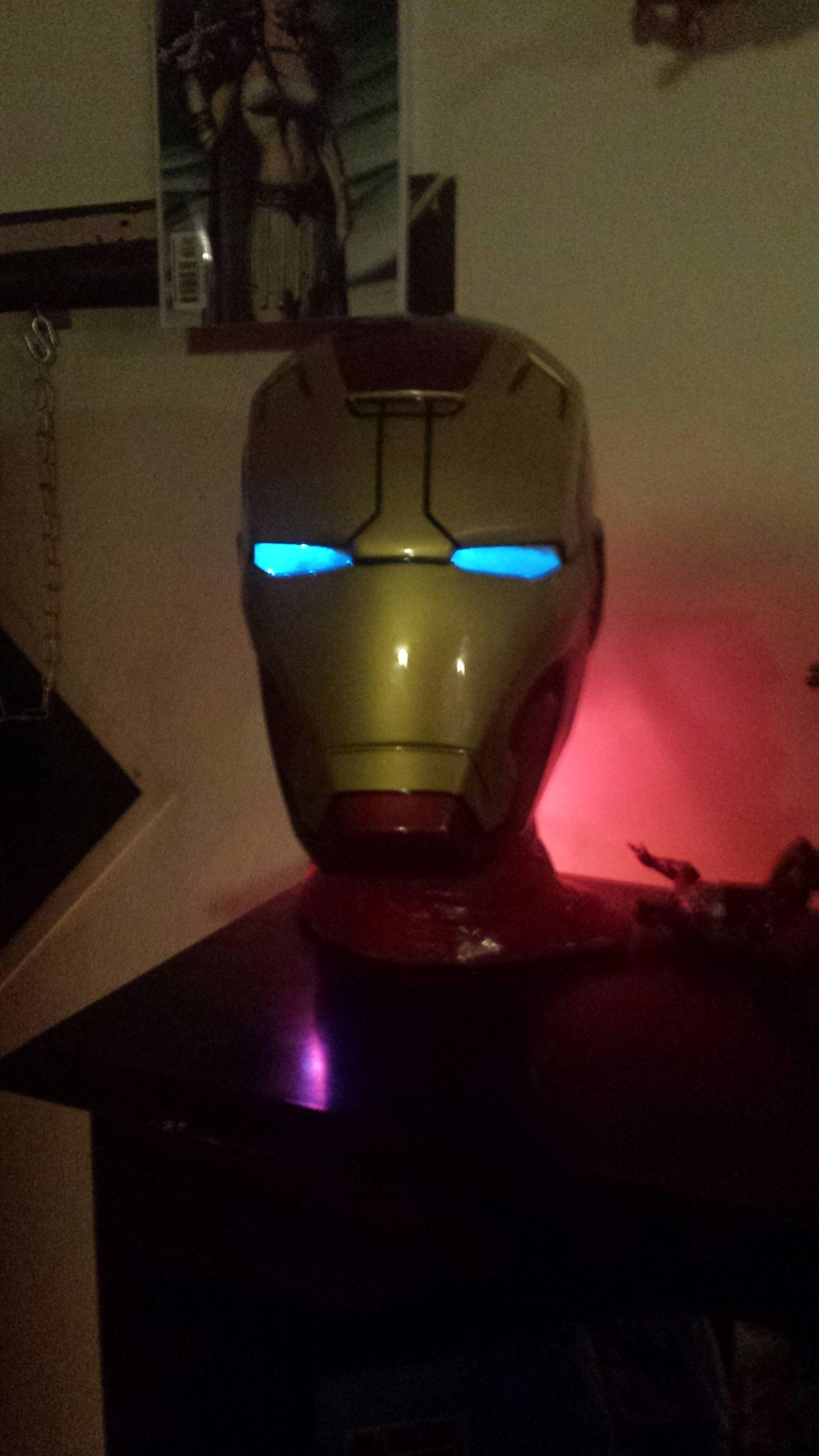 Iron Man 3 Helmet Lamp