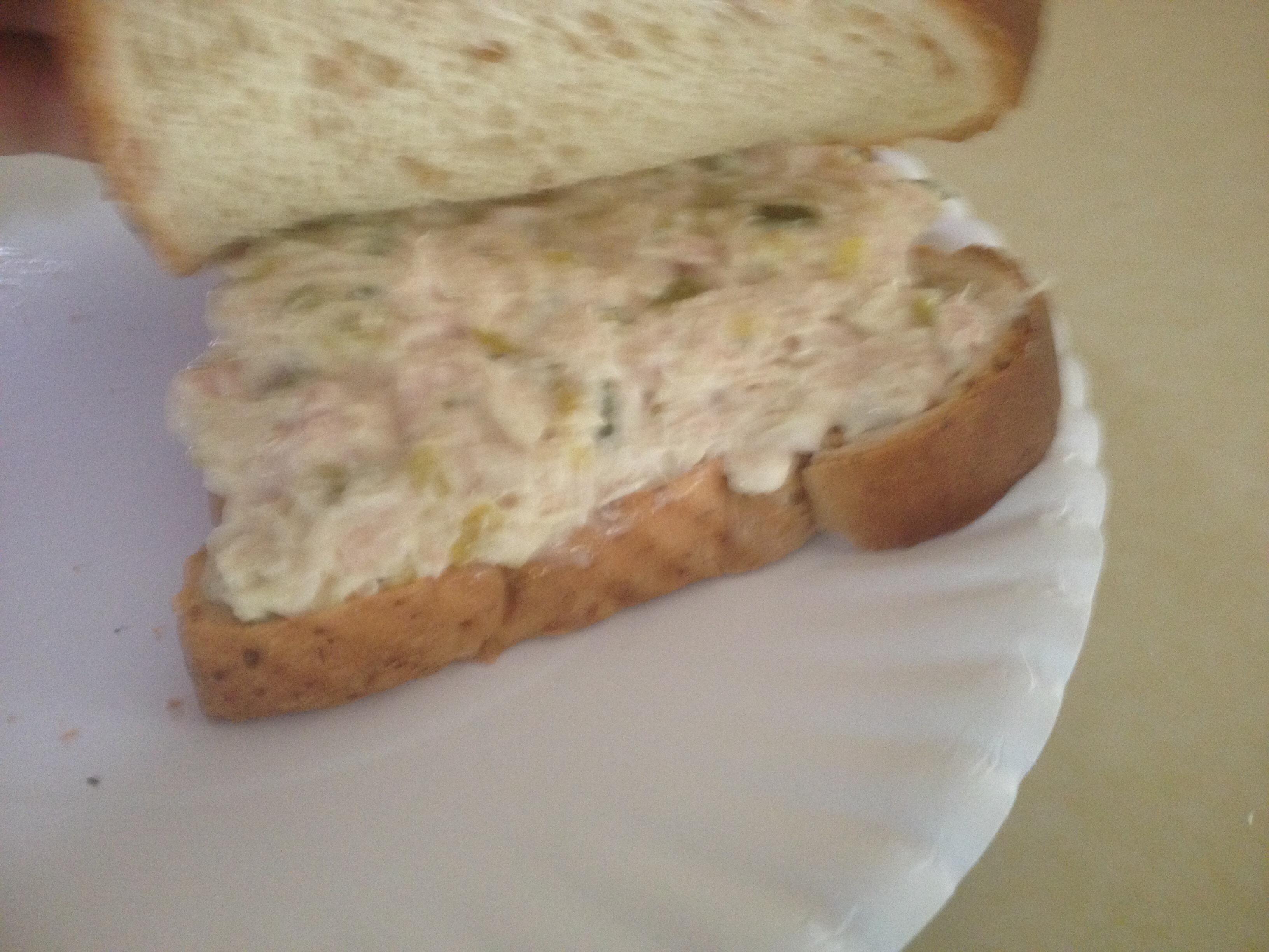 Best Tuna Fish Sammich!