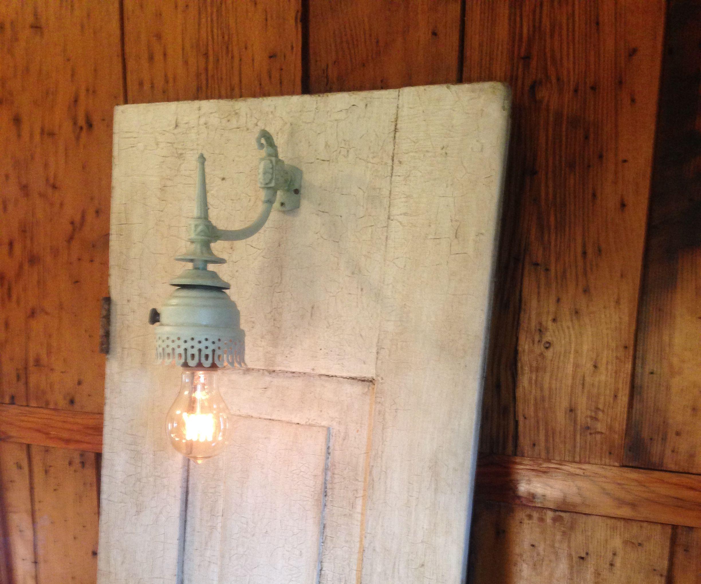 Leaning Door Lamp