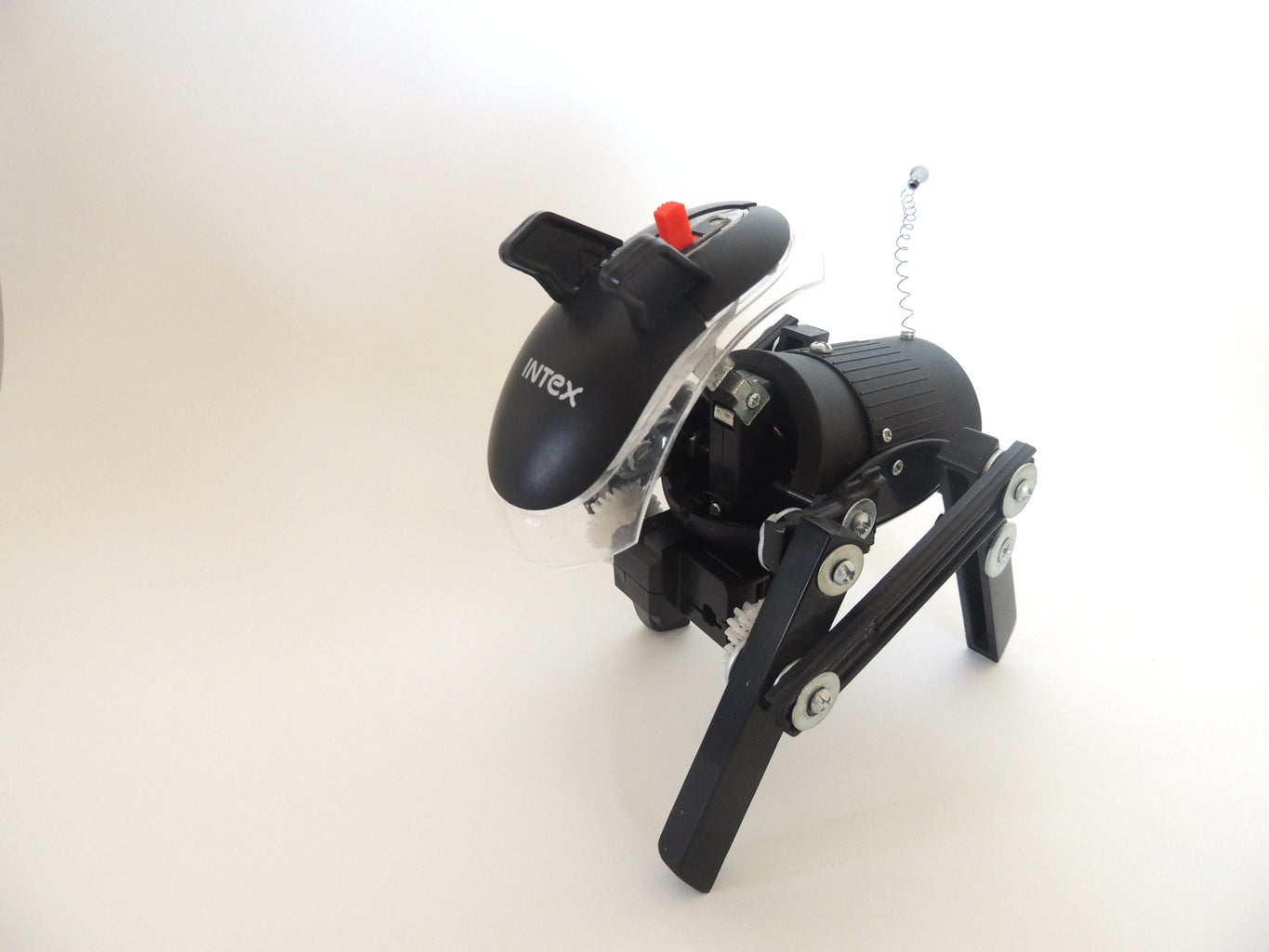 Simple Robo-Dog (made of Piano Keys, a Toy Gun and a Mouse)