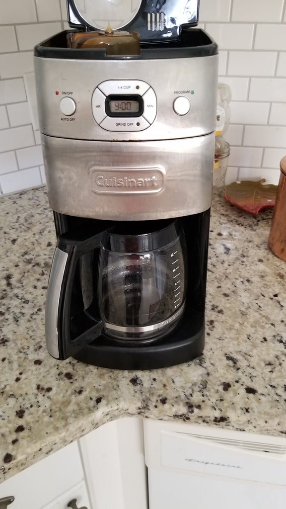 How to Use a Coffee Maker W/Grinder