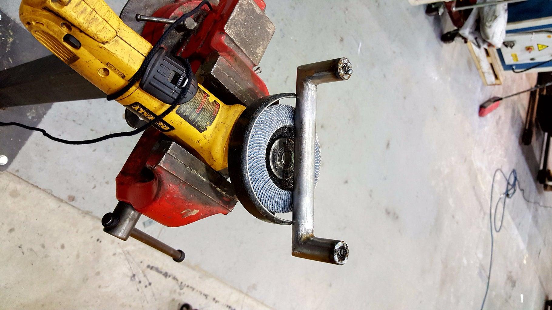 Handle and Sealing