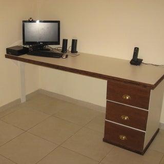 Wife desk.JPG